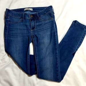 Womens hollister jeans size 00R 23x29